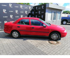 Продам авто Mitsubishi Carisma 1998 бензин