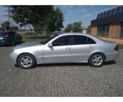 Продам Mercedes-Benz E 220 AVANTGARDE 2007 . Недорого!