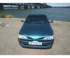 Продам недорого Renault Megane 1997