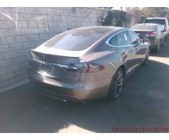 Tesla Model S P90D 2016 г.