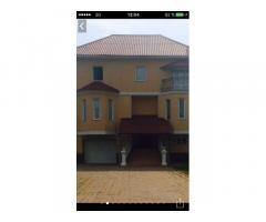 Сдам 2 этажный дом Соломенский район