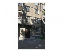 Продам двухкомнатную квартиру Лукьяновка