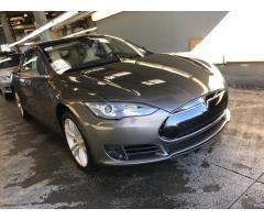 Tesla Model S 70 2015 г.