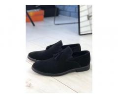 Продам мужские туфли и ботинки