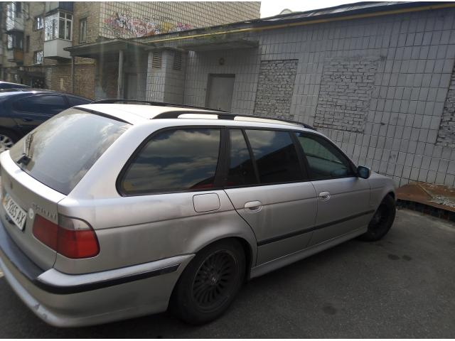 Срочно продам BMW 530 универсал - 4/4