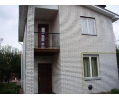 Сдам2 этажный дом в с.Гнедин