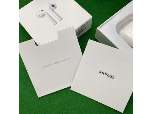 Беспроводные наушники Apple AirPods 2 с беспроводным зарядным кейсом - 4/5