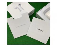 Беспроводные наушники Apple AirPods 2 с беспроводным зарядным кейсом - Изображение 4/5