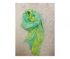 Нежный шарф, легкий шарф,яркий шарф