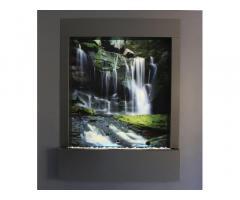 Водопад по стеклу в интерьере от дизайн студии Романа Москаленко
