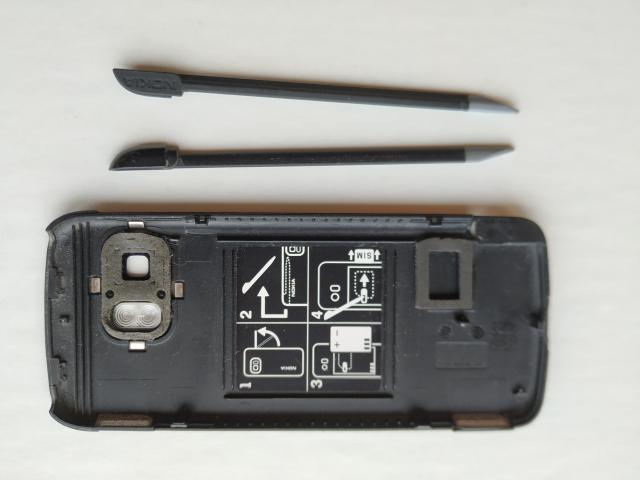 Задня панель + стилус (2 шт.) від Nokia 5800 (оригінальні) - 2/2