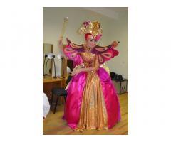 Карнавальные, новогодние и сценические костюмы