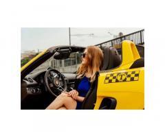 В службу такси Airтребуются водители