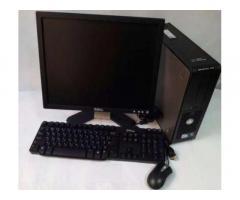 Фирменный комплект Dell: компьютер+ монитор, клавиатура и мышь.