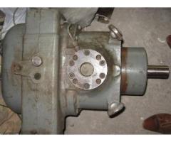 Гидромоторы, насосы, распределители, цилиндры на экскаваторы, автокраны.