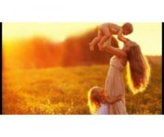 Весь мир молодой мамы - это её ребенок,
