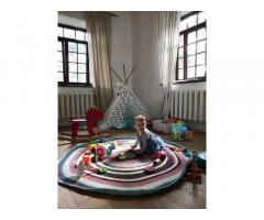 Детскийразноцветный вязаный коврик. Делаю под заказ