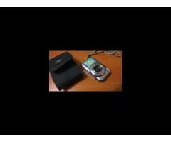 Fujifilm фотокамера 14 mpкарта на 8 gb.