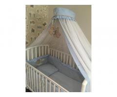 Кроватка итальянская Pali с качалкой, матрасом, балдахином-антимоскитноной сеткой и постелью