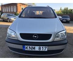 Opel Zafira минивен