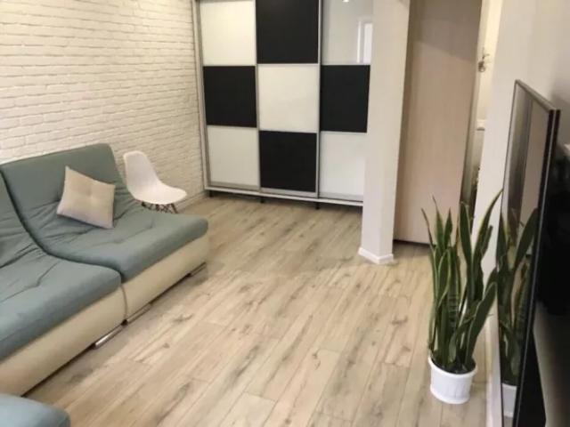 """ЖК """"Уютный квартал"""" квартира с ремонтом 37 м2 - 6/11"""