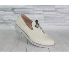 Натуральная кожа. Стильные молочные туфли 1838