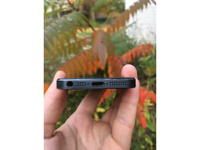 iPhone 5 16gb Black - 4/8